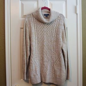 (SOLD) Karen Scott Chunky Sweater w/ Side Slits